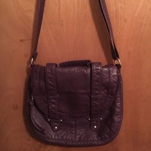 Purple faux leather Aeropostale purse